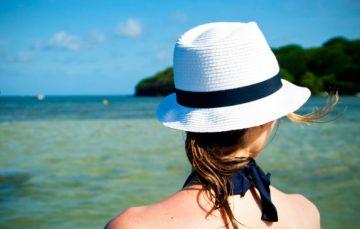 Comment se protéger du soleil si l'on vit dans les tropiques ?